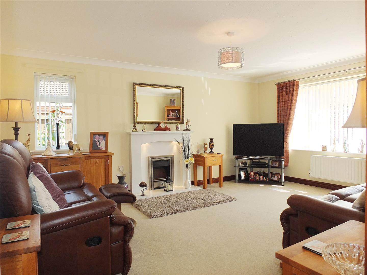 3 bed detached bungalow for sale in Long Sutton Spalding, PE12 9FT 3