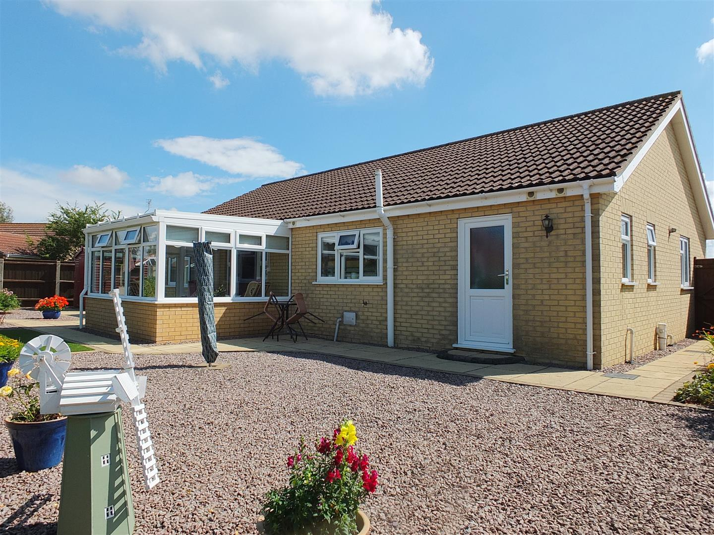 3 bed detached bungalow for sale in Long Sutton Spalding, PE12 9FT 18