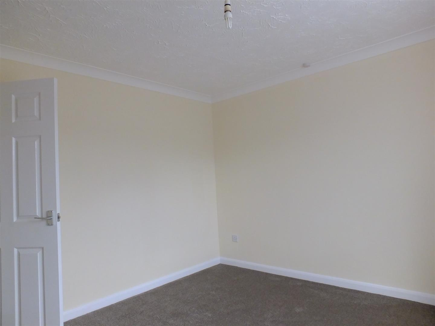 2 bed detached bungalow to rent in Long Sutton Spalding, PE12 9LZ  - Property Image 11