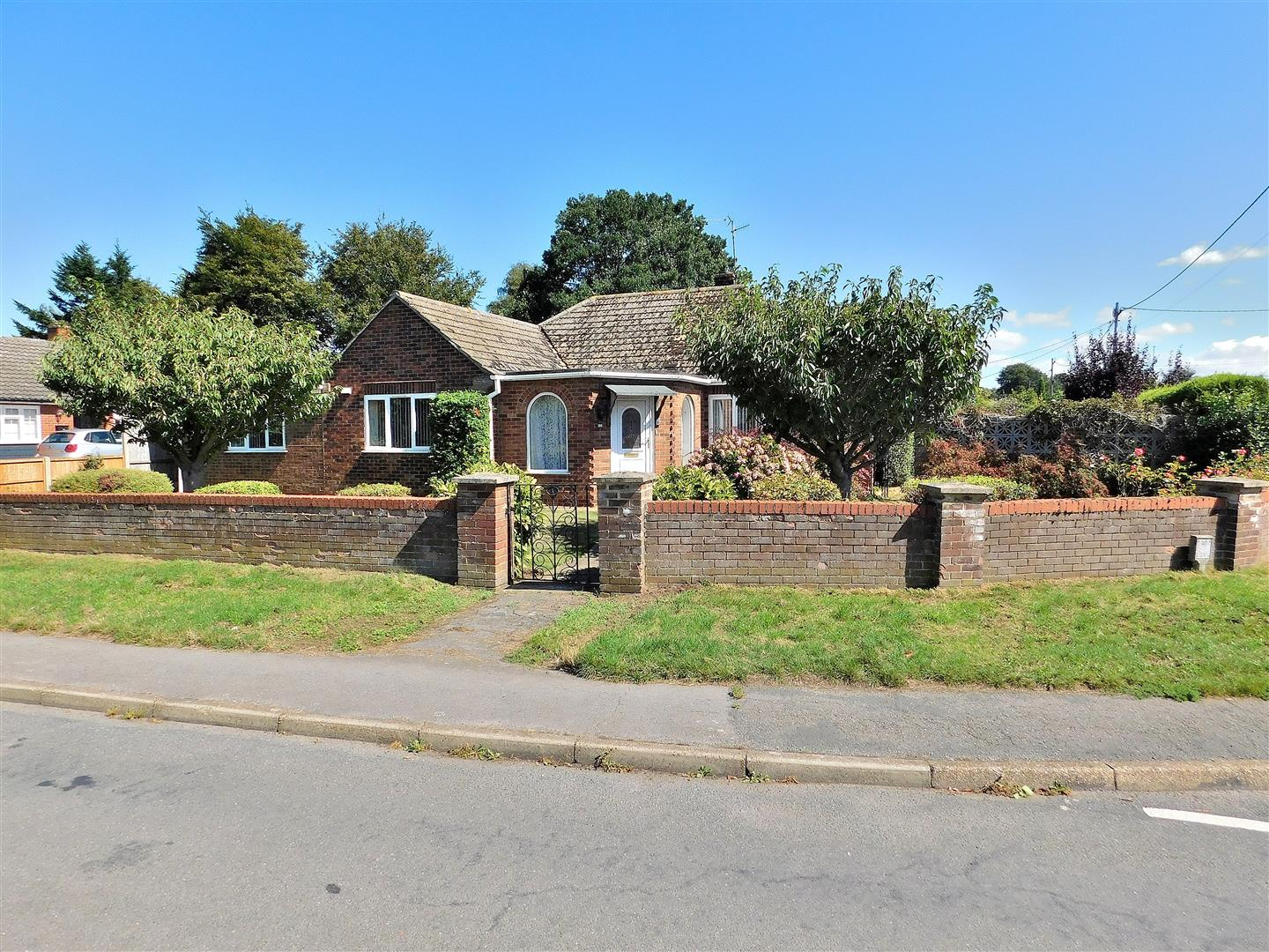 3 bed detached bungalow for sale in King's Lynn, PE31 6JR, PE31