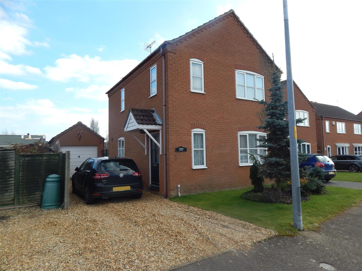 3 bed detached house for sale in Wallace Twite Way, King's Lynn  - Property Image 1