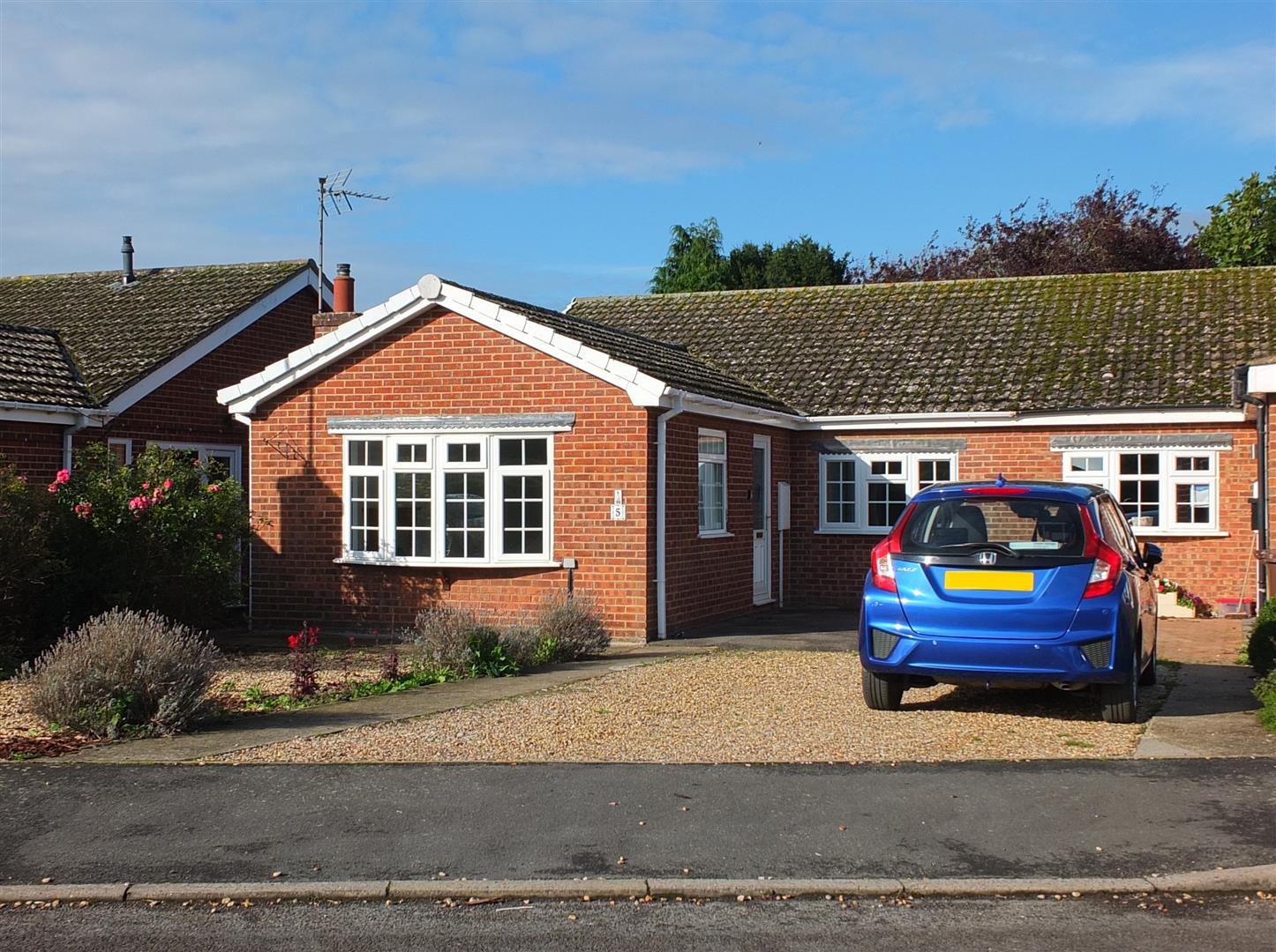 3 bed semi-detached bungalow for sale in Nene Meadows, Sutton Bridge Spalding - Property Image 1
