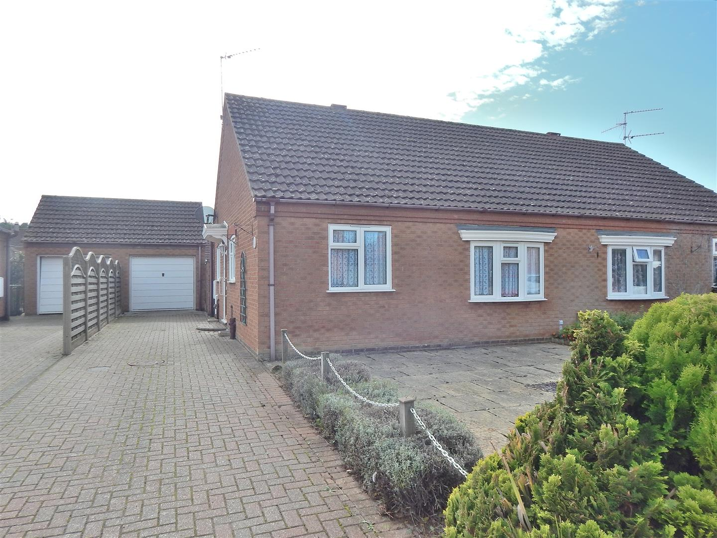 2 bed semi-detached bungalow for sale in Wiclewood Way, King's Lynn 0