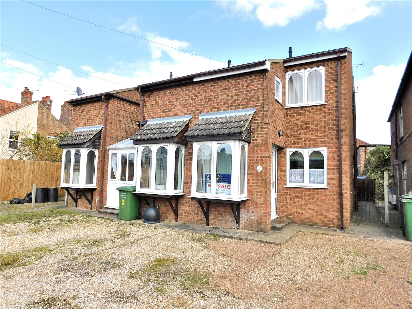 3 bed end of terrace house for sale in Harewood Parade, King's Lynn - Property Image 1