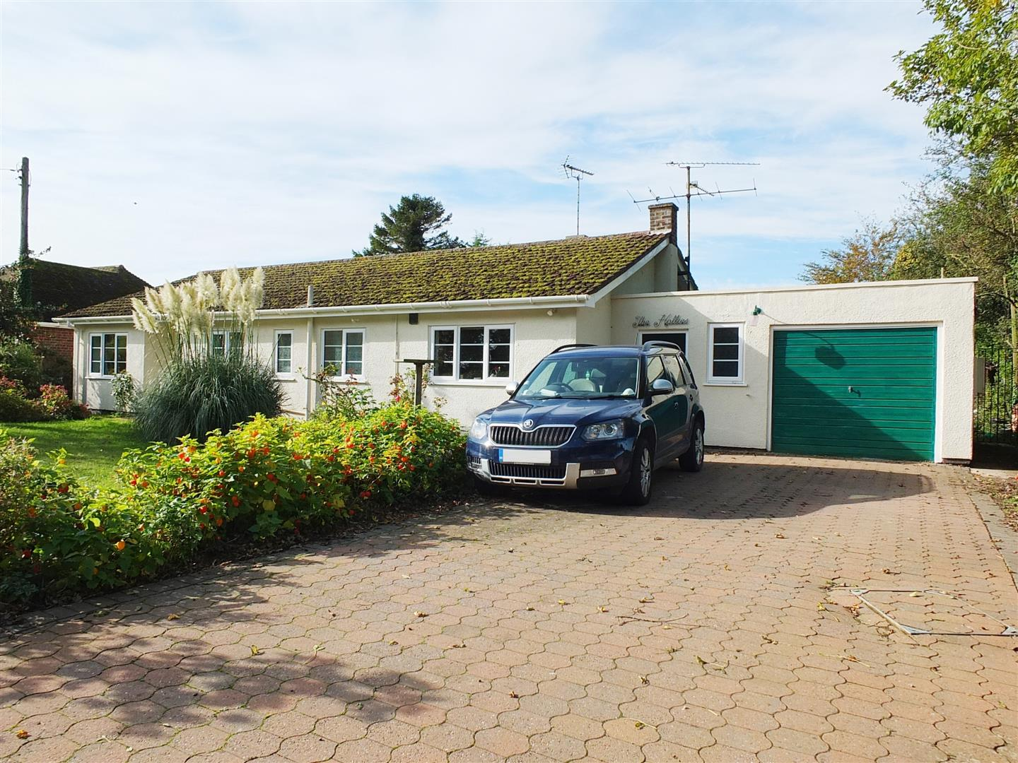 4 bed detached bungalow for sale in Little Sutton Long Sutton Spalding, PE12 9EL, PE12