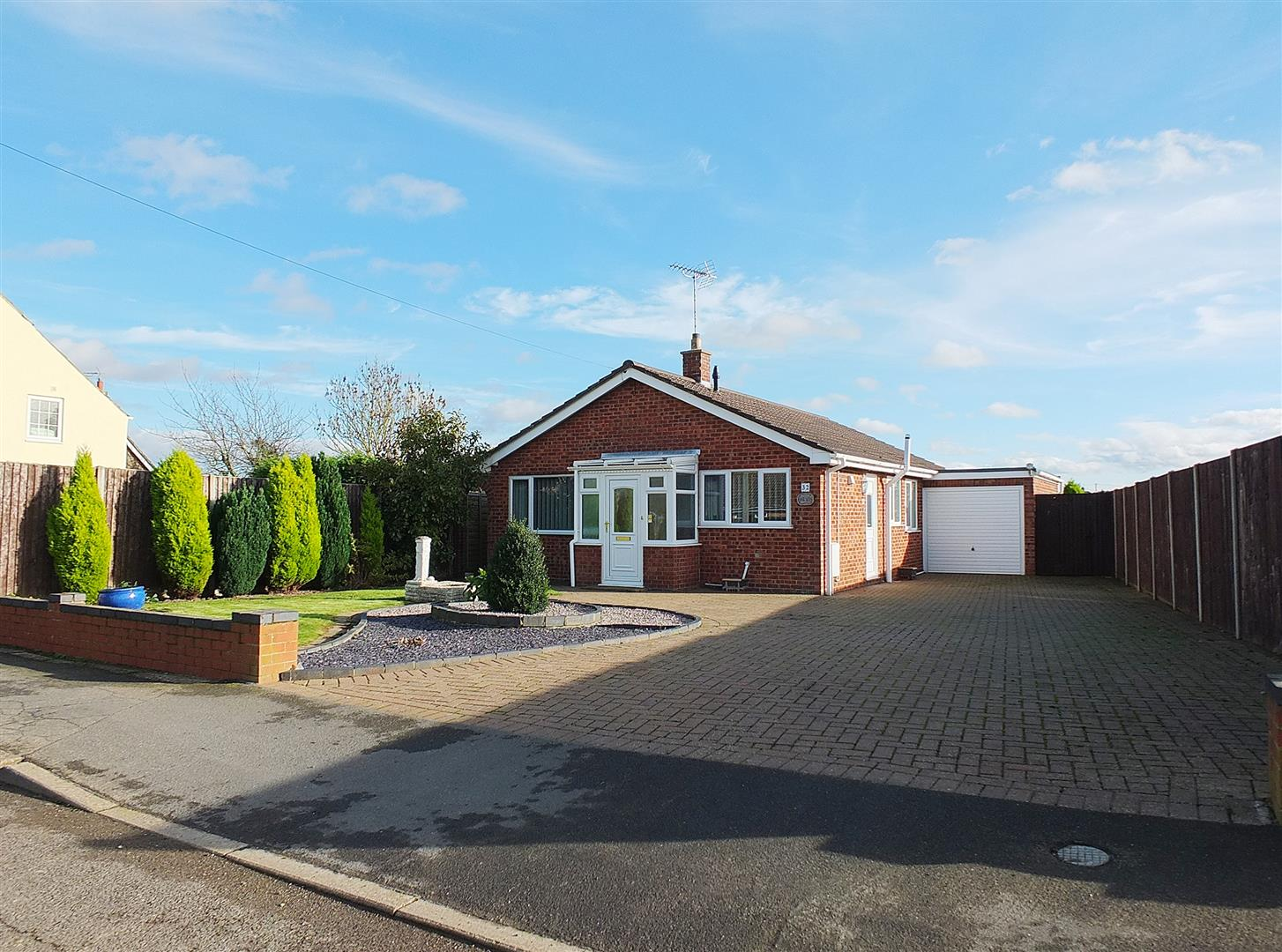 3 bed detached bungalow for sale in Lutton Spalding, PE12 9HP, PE12