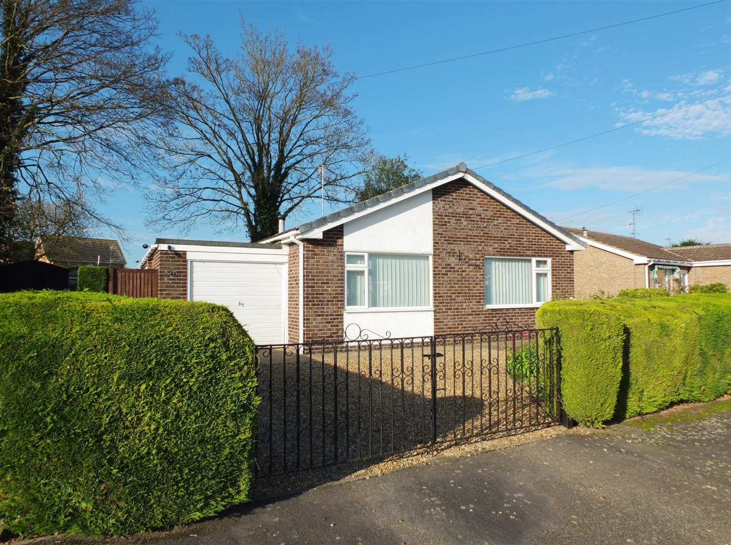2 bed detached bungalow for sale in Long Sutton Spalding, PE12 9DY, PE12