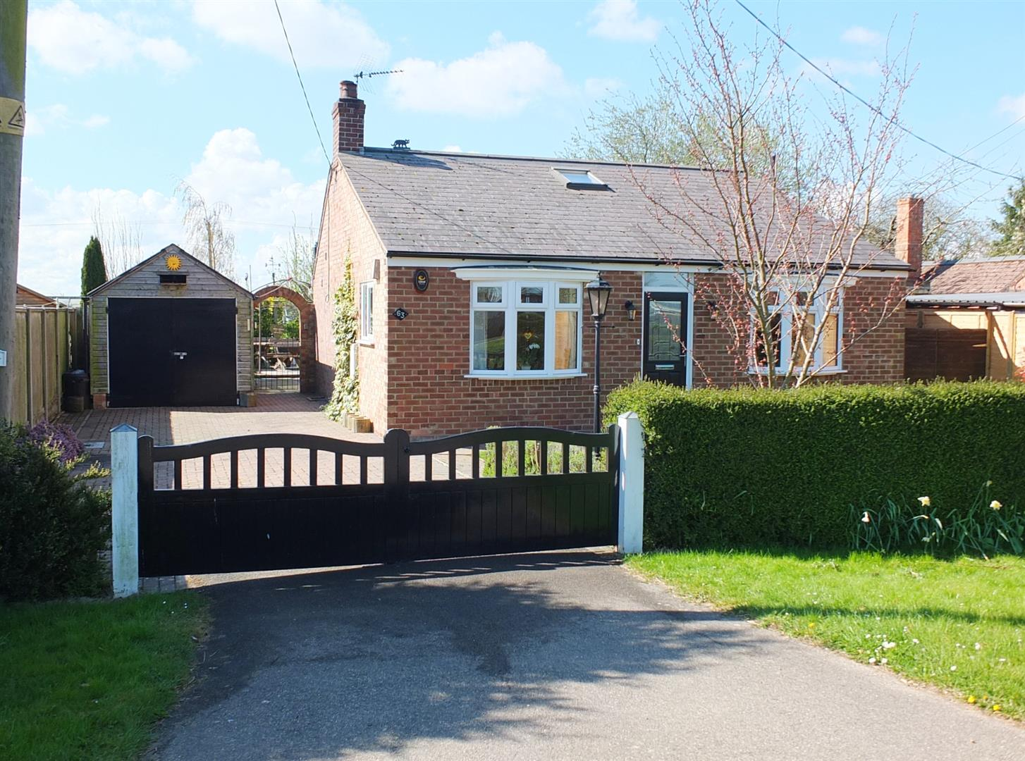 2 bed detached bungalow for sale in Long Sutton Spalding, PE12 9JT, PE12
