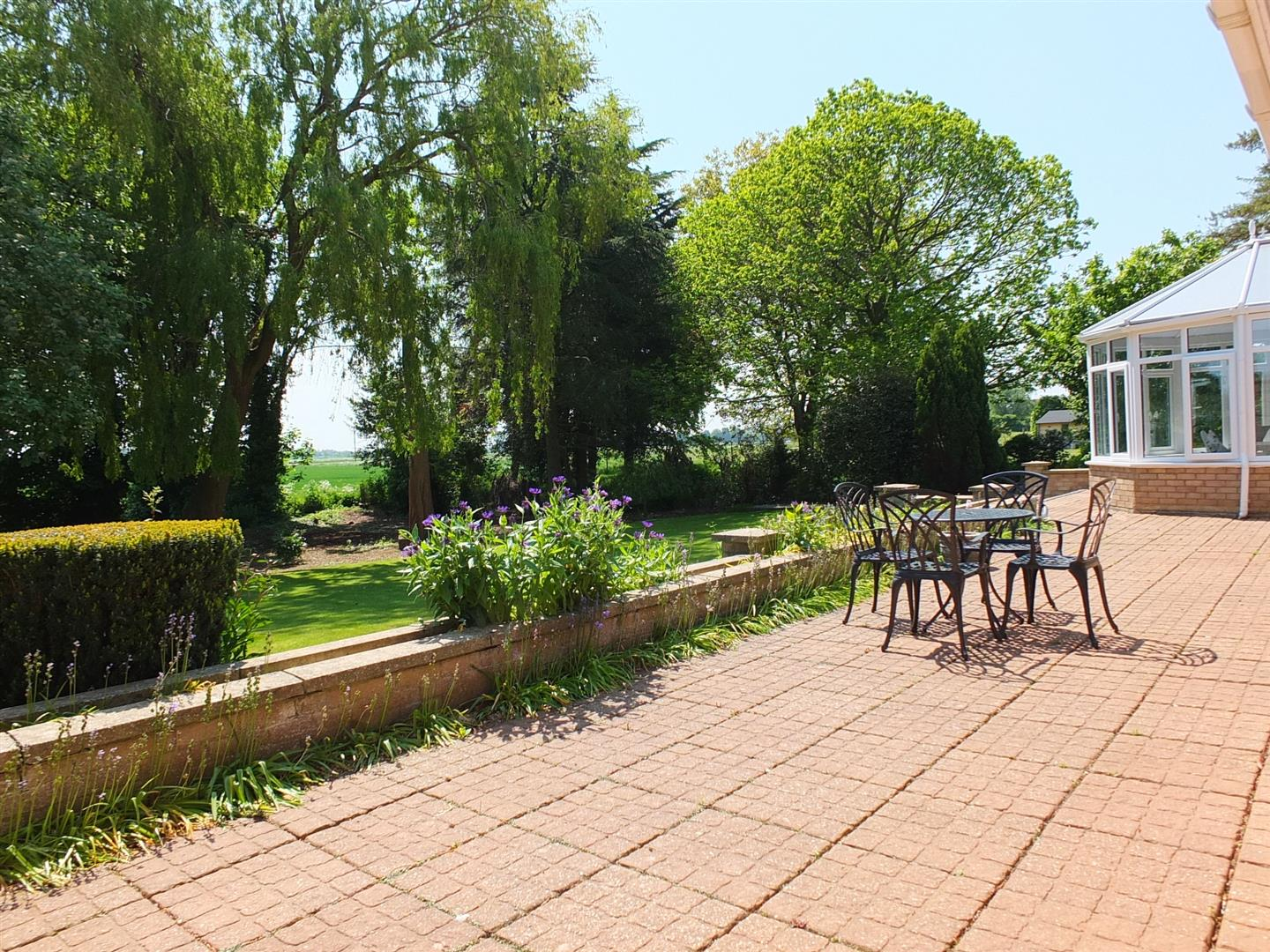 5 bed detached bungalow for sale in Main Street, Gedney Dyke Spalding  - Property Image 23
