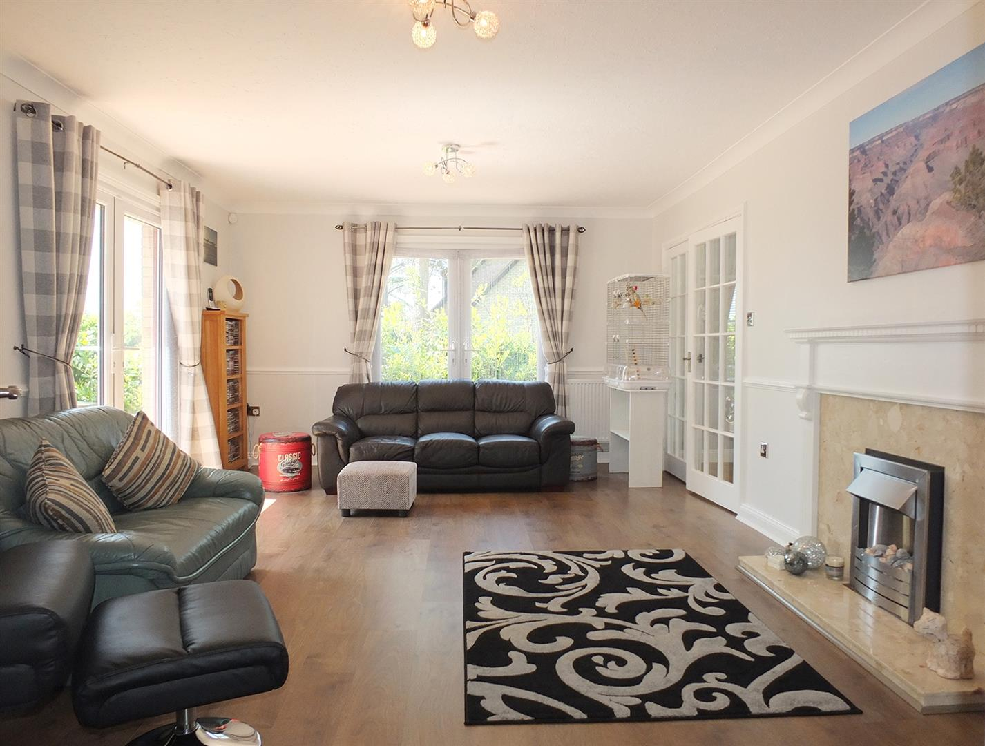 5 bed detached bungalow for sale in Main Street, Gedney Dyke Spalding  - Property Image 5