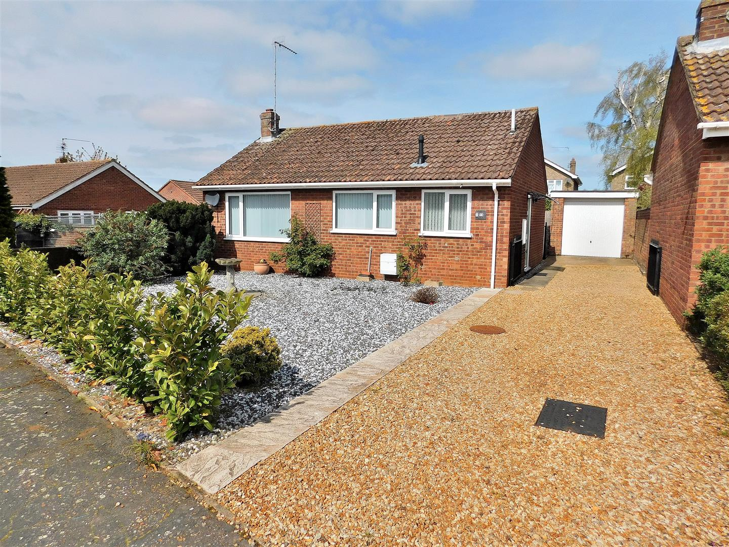 2 bed detached bungalow for sale in Tudor Way, King's Lynn, PE31