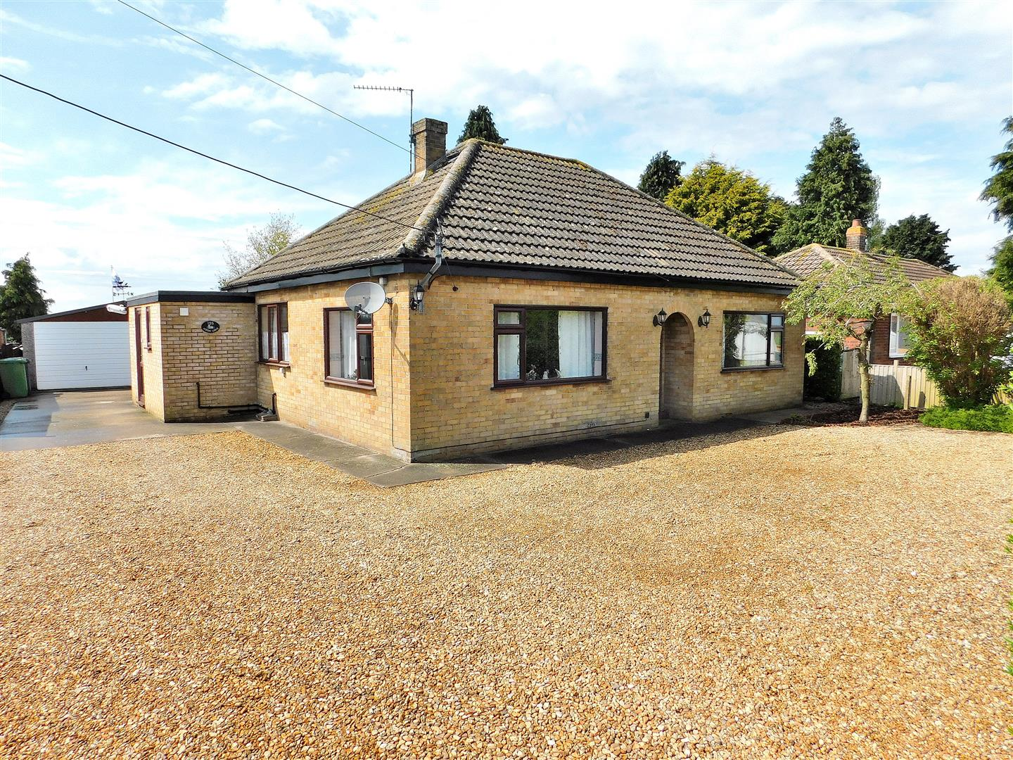 2 bed detached bungalow for sale in High Road, King's Lynn, PE34