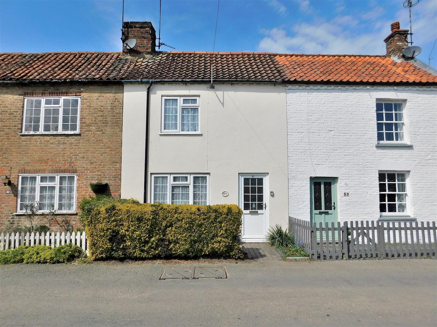2 bed cottage for sale in Marshland Street, King's Lynn  - Property Image 1