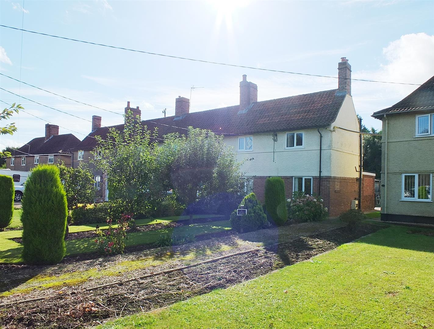 2 bed end of terrace house for sale in Bridge Road, Long Sutton Spalding, PE12