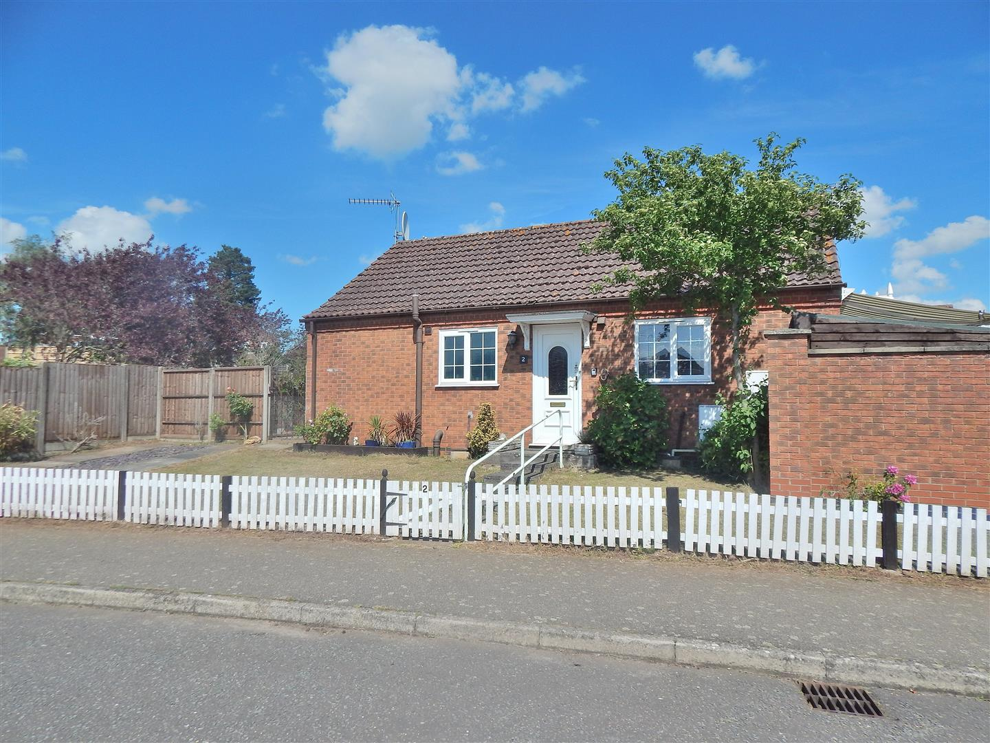 2 bed detached bungalow for sale in James Jackson Road, King's Lynn, PE31