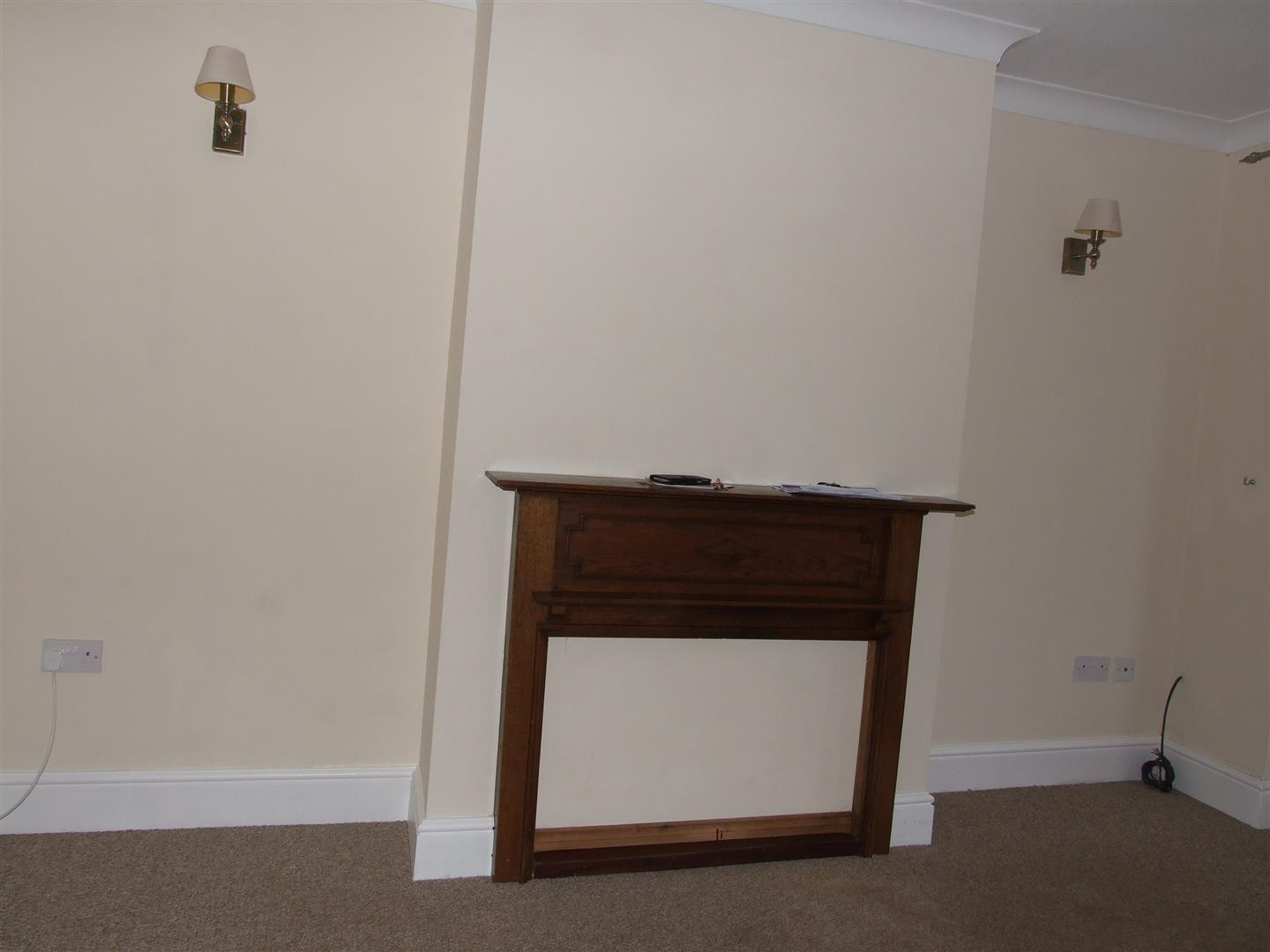 2 bed house to rent in West Street, Long Sutton Spalding 4