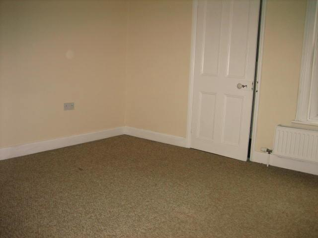 2 bed house to rent in West Street, Long Sutton Spalding 14
