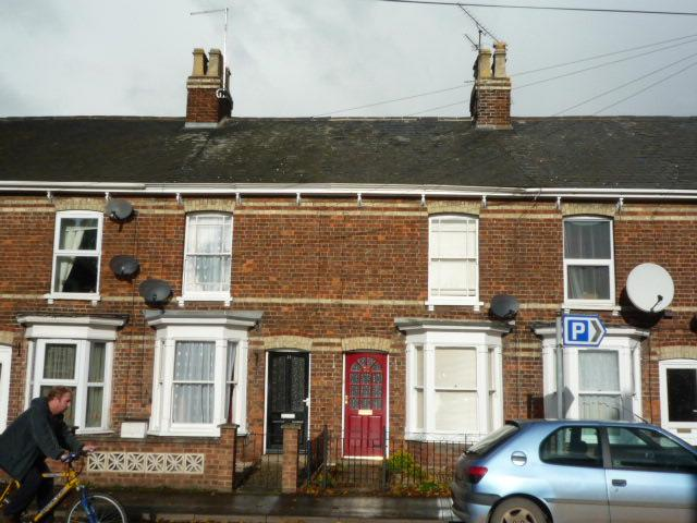 2 bed house to rent in West Street, Long Sutton Spalding, PE12