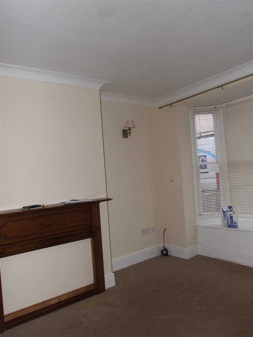 2 bed house to rent in West Street, Long Sutton Spalding 16