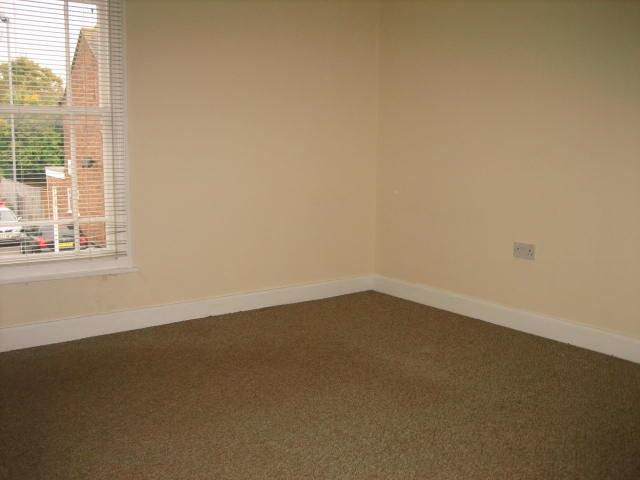 2 bed house to rent in West Street, Long Sutton Spalding 12