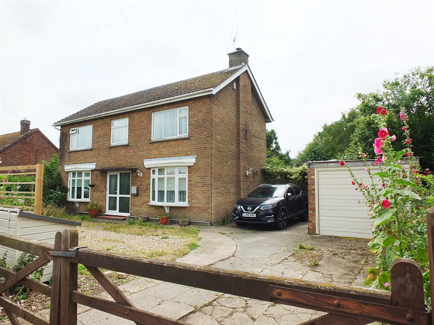 3 bed detached house for sale in Station Road, Tydd Gote Wisbech - Property Image 1