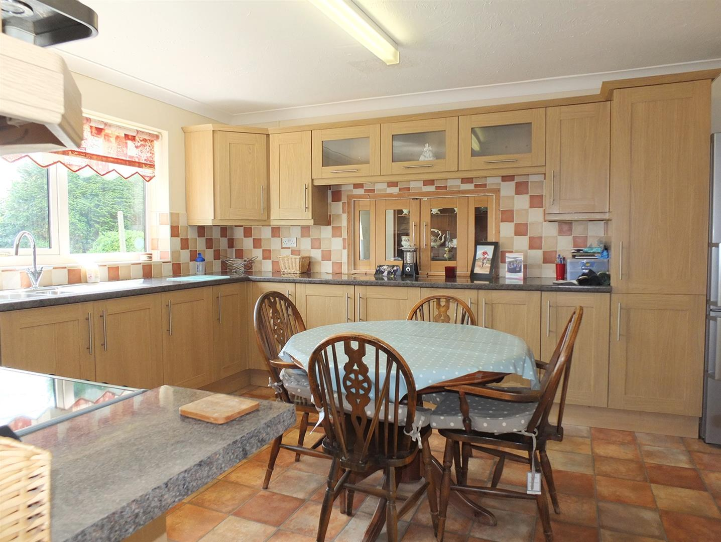 3 bed detached house for sale in Lutton Gowts, Lutton Spalding  - Property Image 2