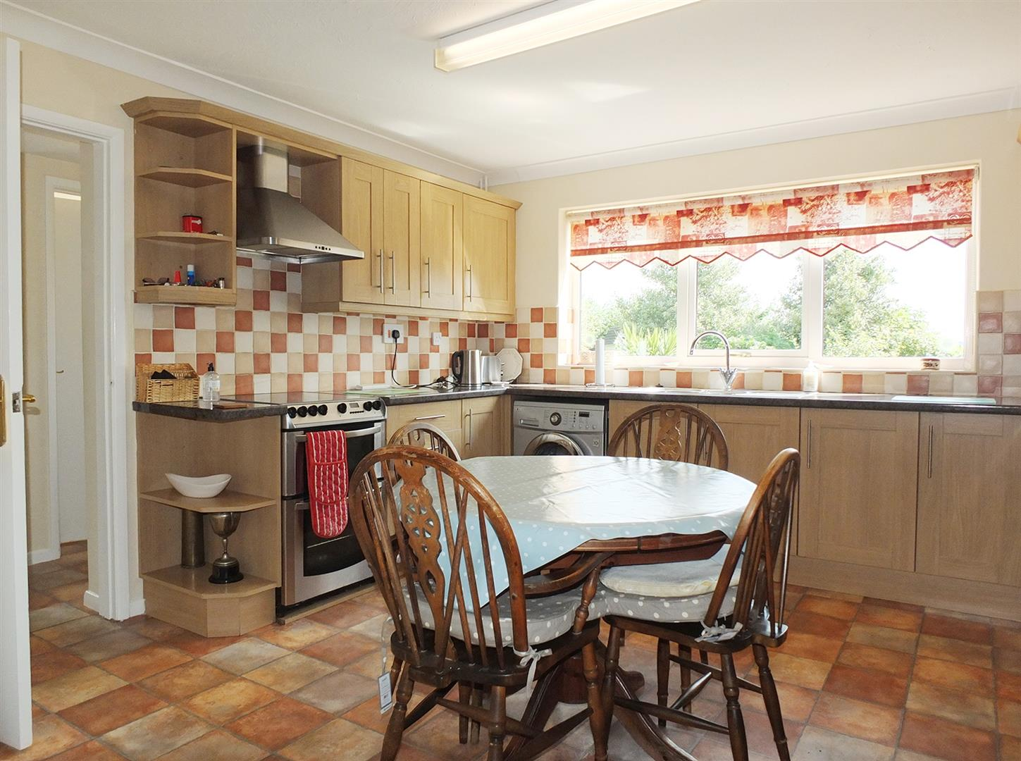3 bed detached house for sale in Lutton Gowts, Lutton Spalding  - Property Image 3