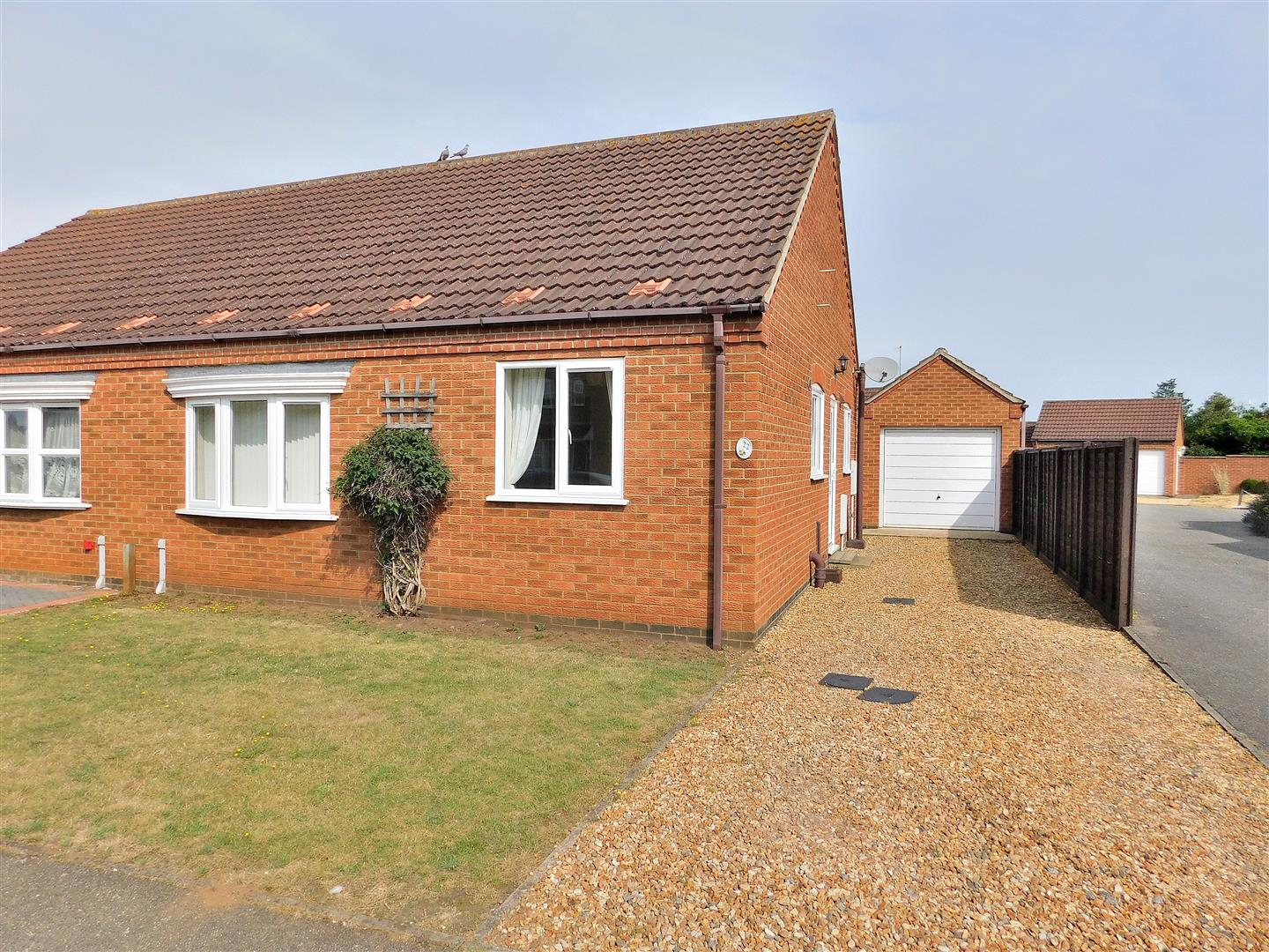 2 bed semi-detached bungalow for sale in Philip Nurse Road, King's Lynn - Property Image 1