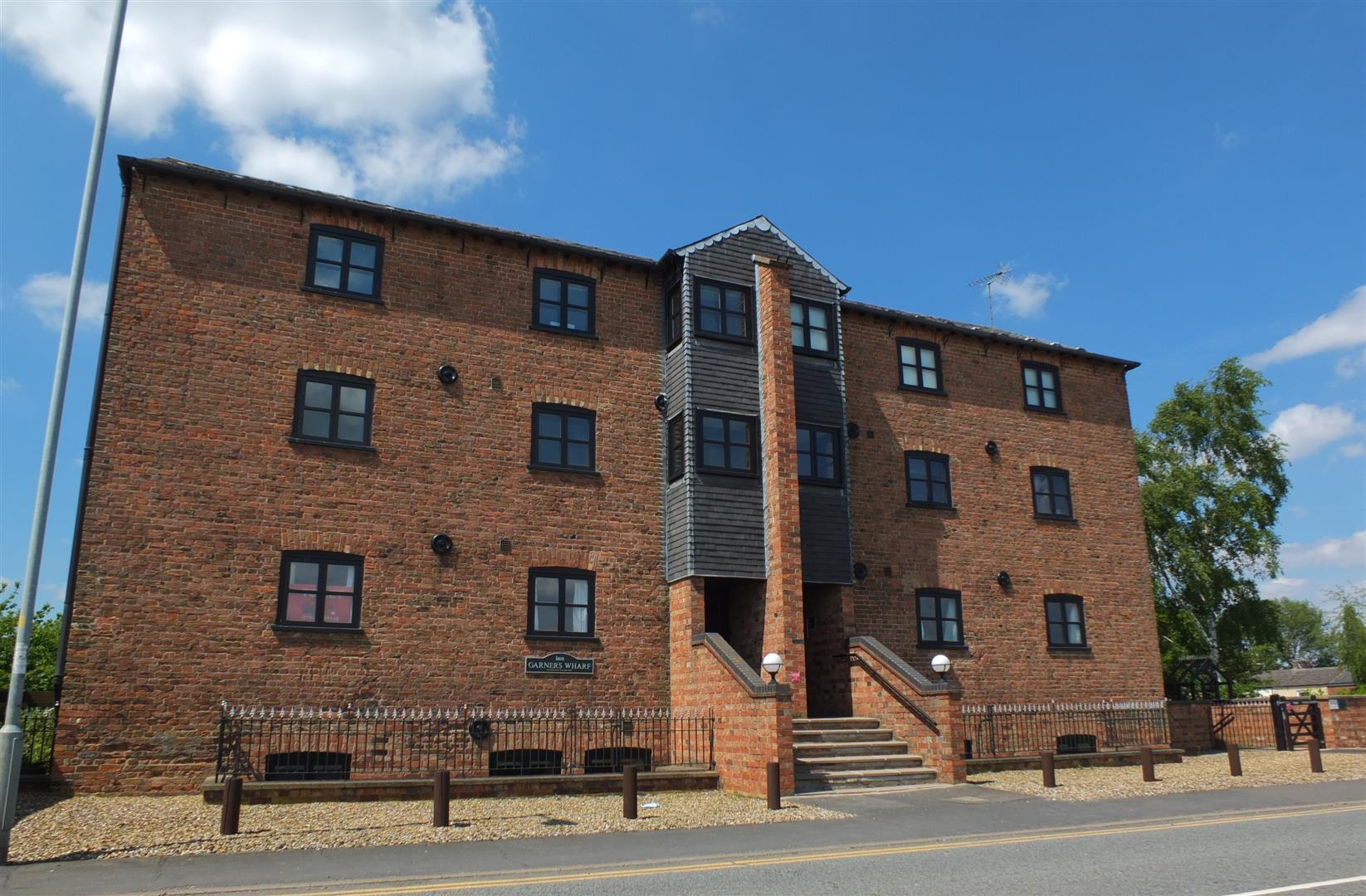 2 bed flat to rent in Garners Wharf, Sutton Bridge Spalding, PE12