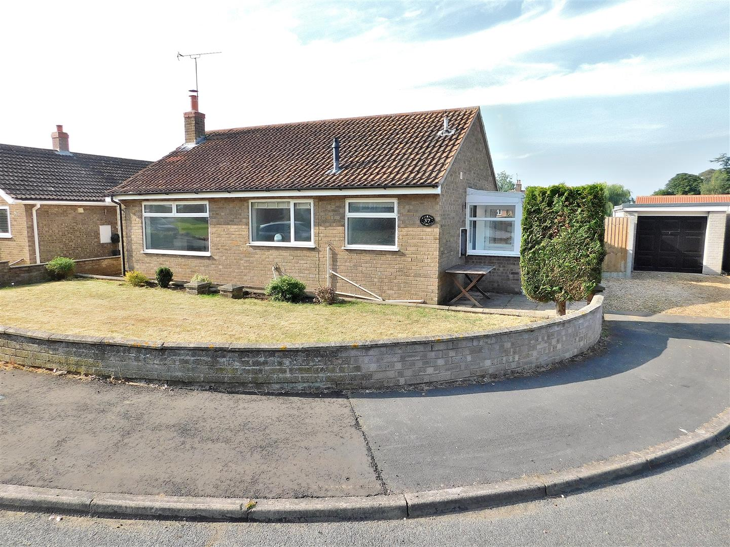 2 bed detached bungalow for sale in Saxon Way, King's Lynn, PE31