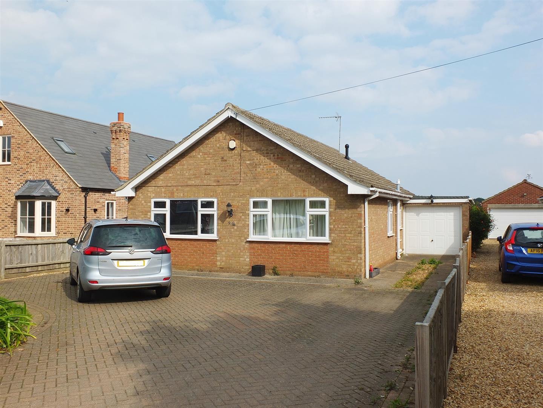 3 bed detached bungalow for sale in Little London, Long Sutton Spalding - Property Image 1
