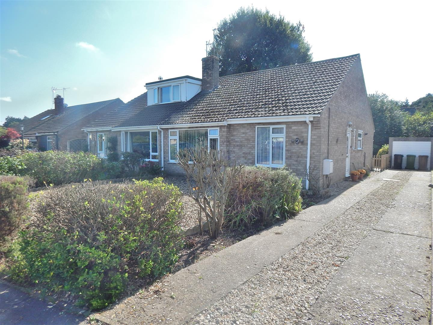 2 bed semi-detached bungalow for sale in Long View Close, King's Lynn, PE31