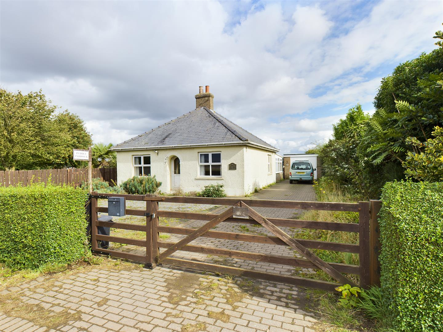 3 bed detached bungalow for sale in Black Barn, Gedney Drove End Spalding - Property Image 1