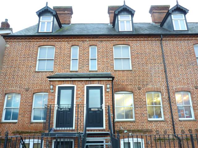 2 bed flat to rent in Haverhill, CB9