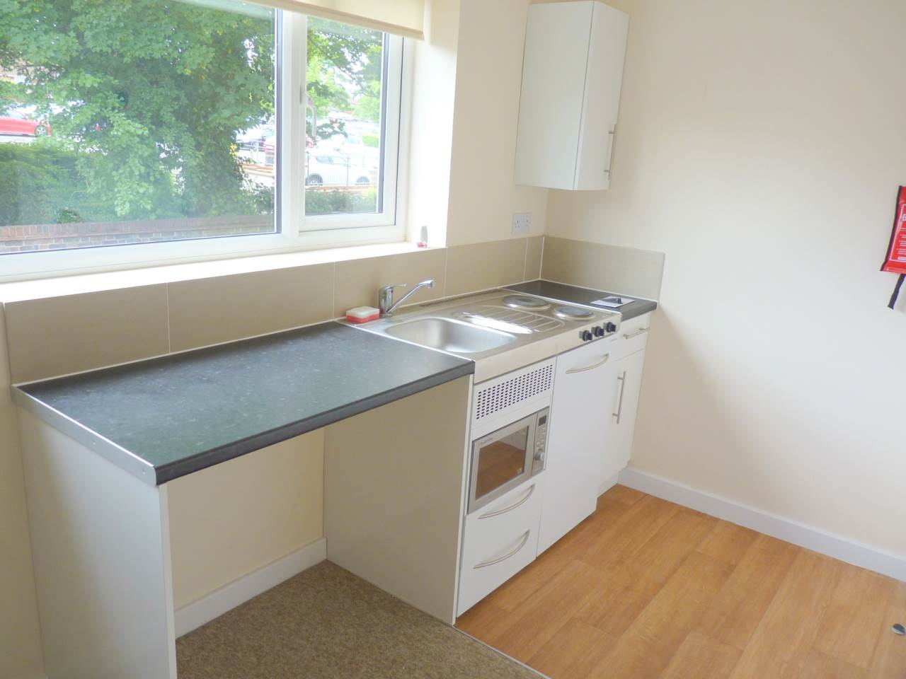 1 bed flat to rent in Haverhill 2