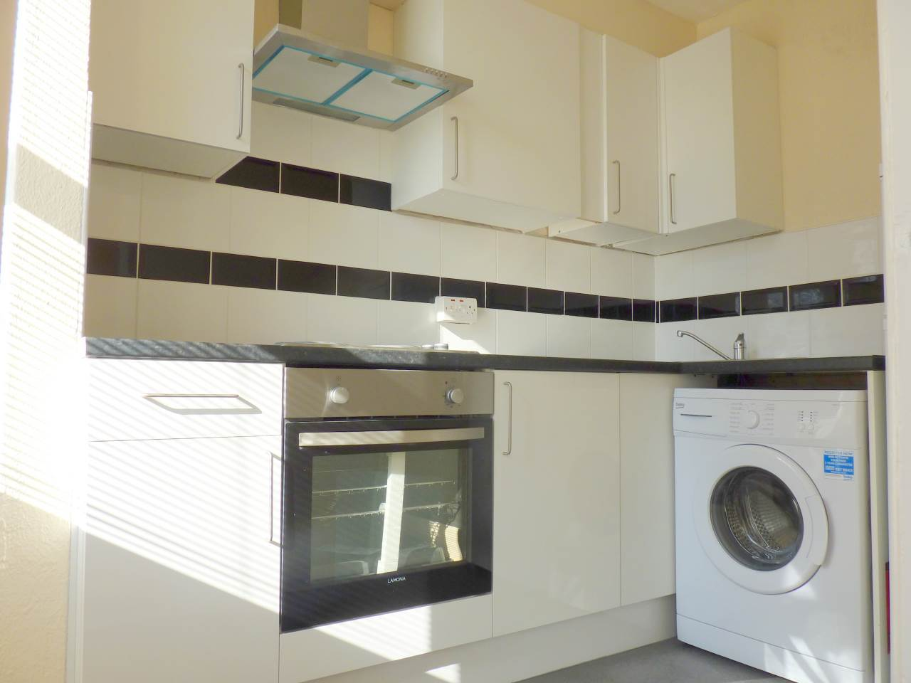 2 bed flat to rent in Haverhill - Property Image 1