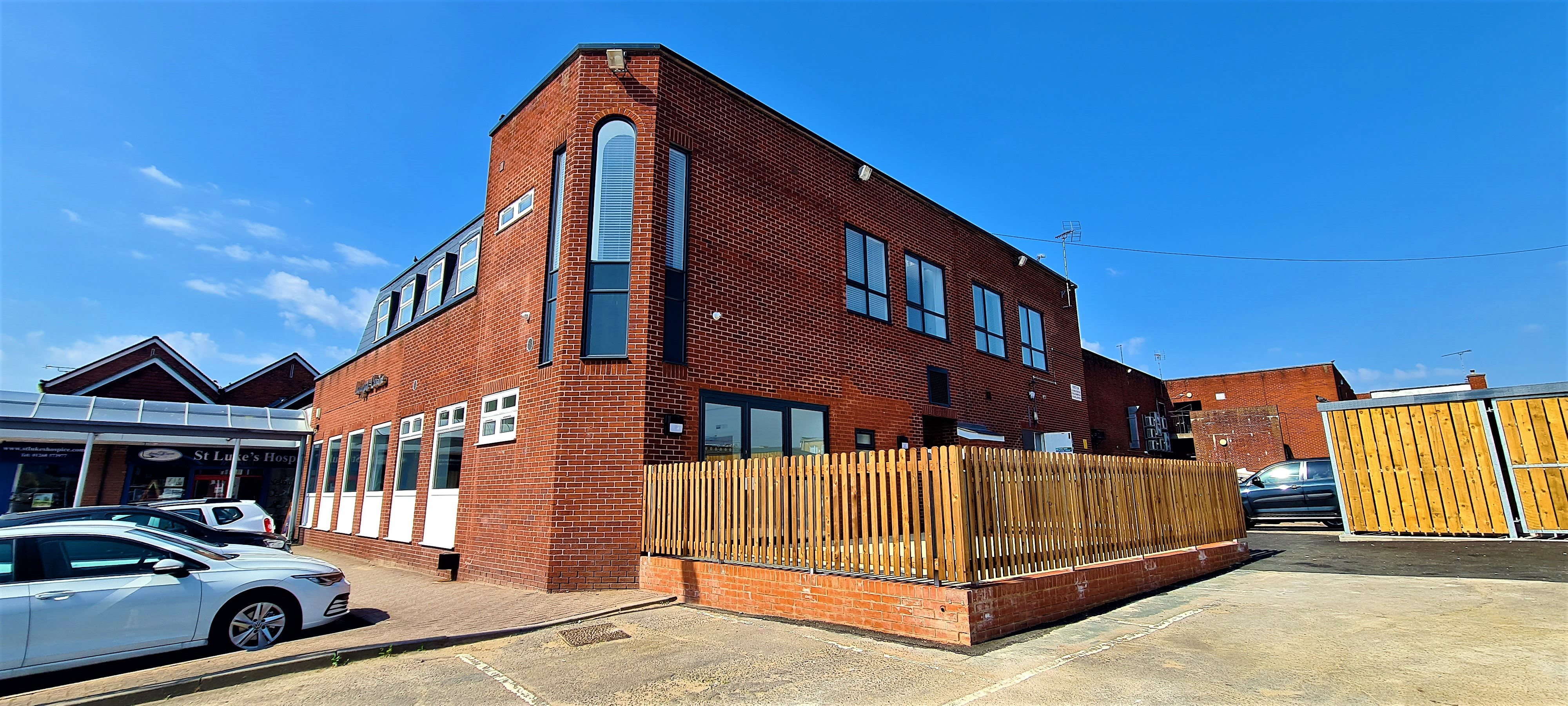 2 bed flat to rent in Ladygate Centre, Wickford, SS12