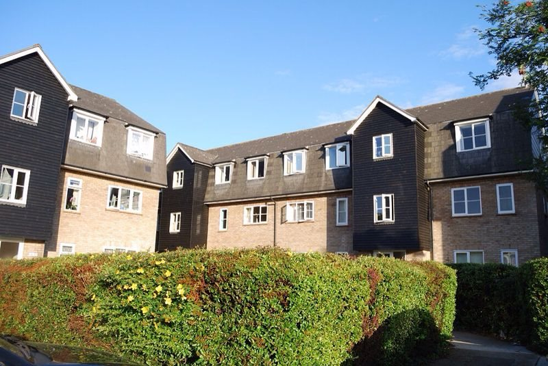 1 bed apartment to rent in Menzies Avenue, Laindon - Property Image 1