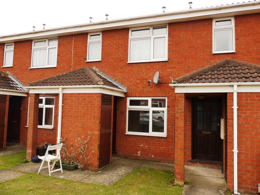 1 bed flat to rent in Taverners Green Close, Wickford, SS12