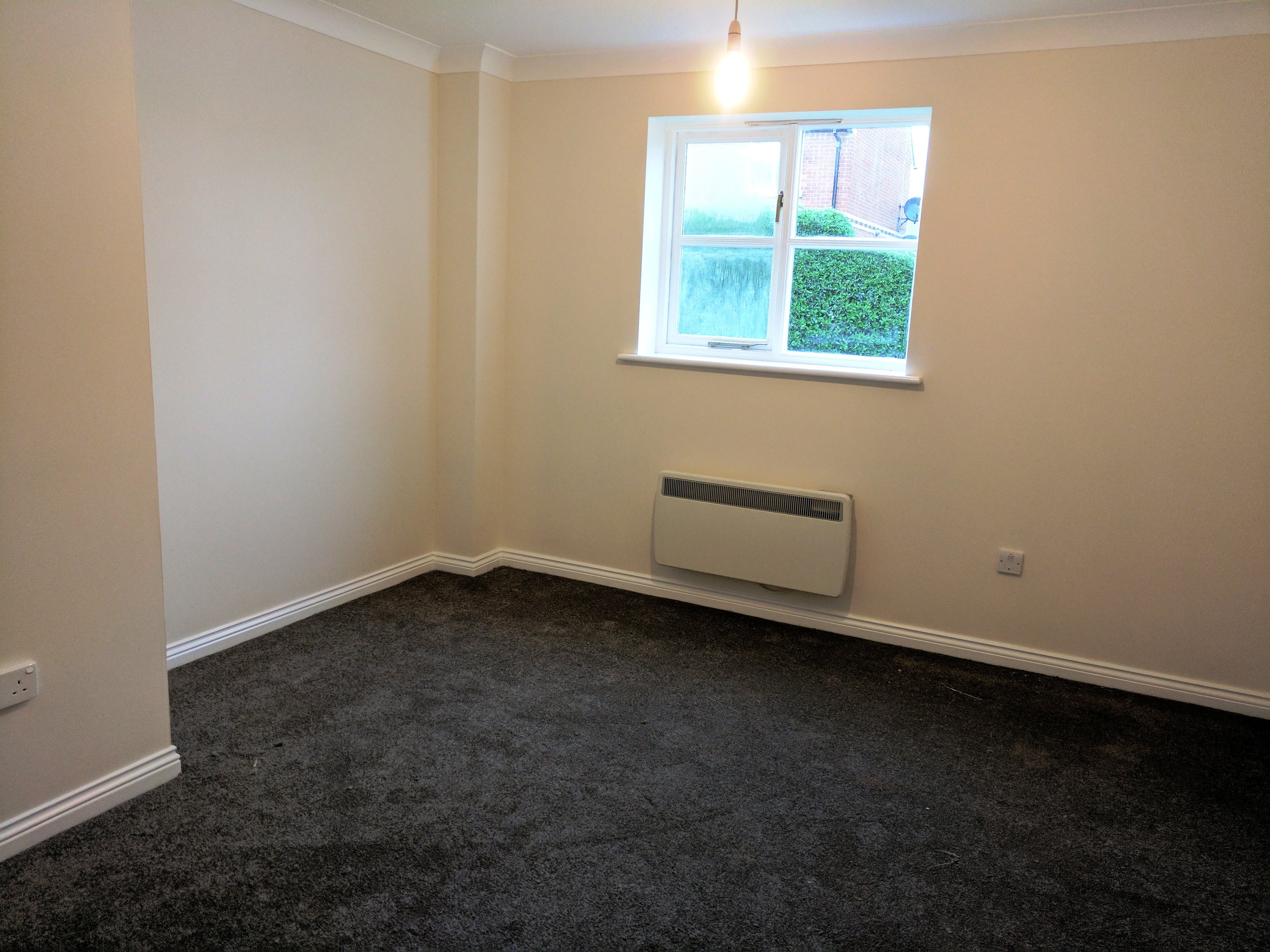 1 bed flat to rent in Wick Meadows, Wickford 4
