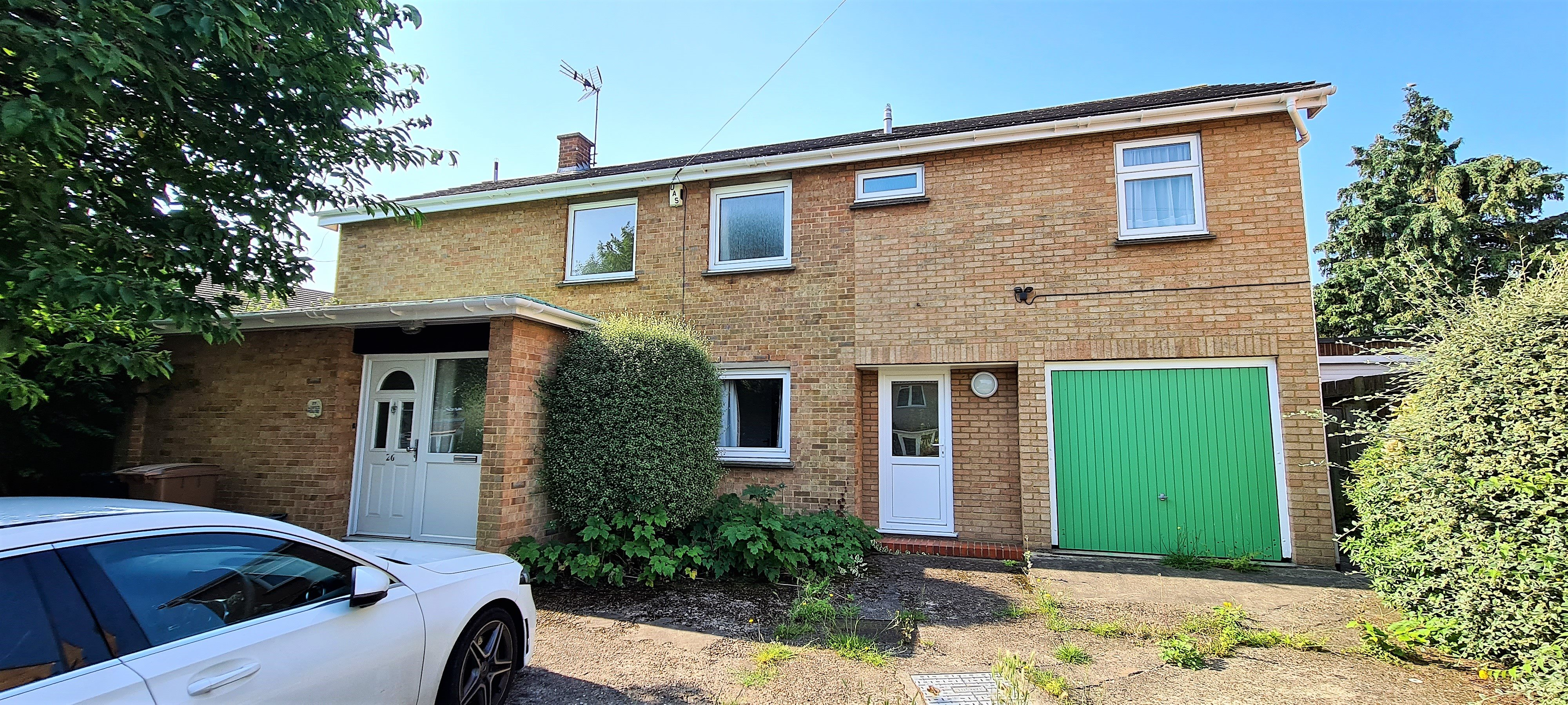 5 bed detached house to rent in Lewis Drive, Chelmsford - Property Image 1