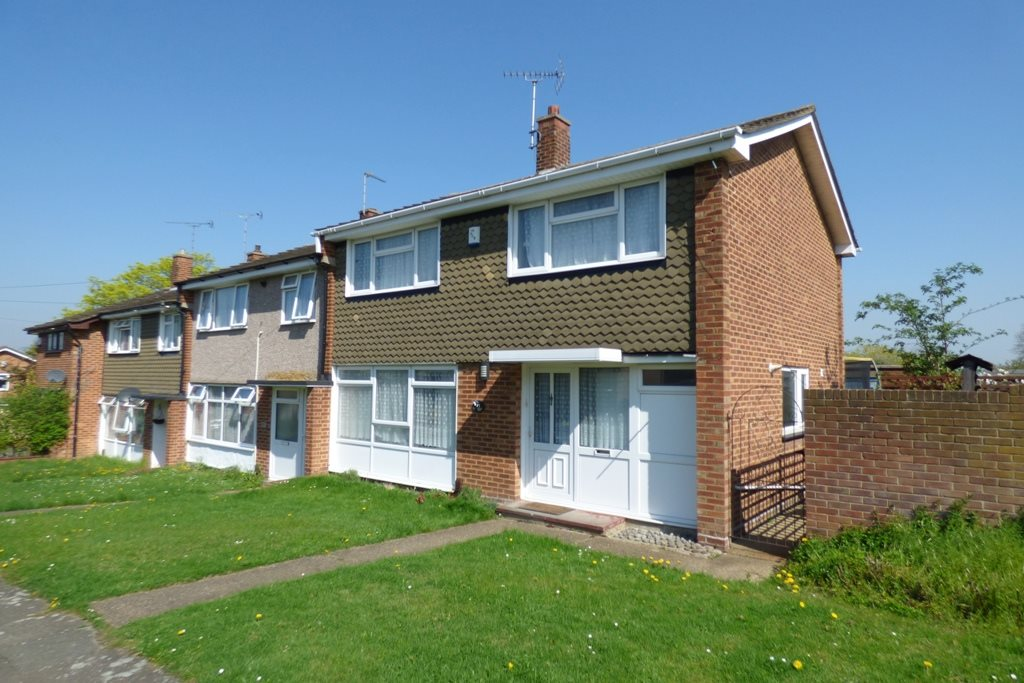 4 bed end of terrace house to rent in Treelawn Drive, Leigh-on-Sea, SS9