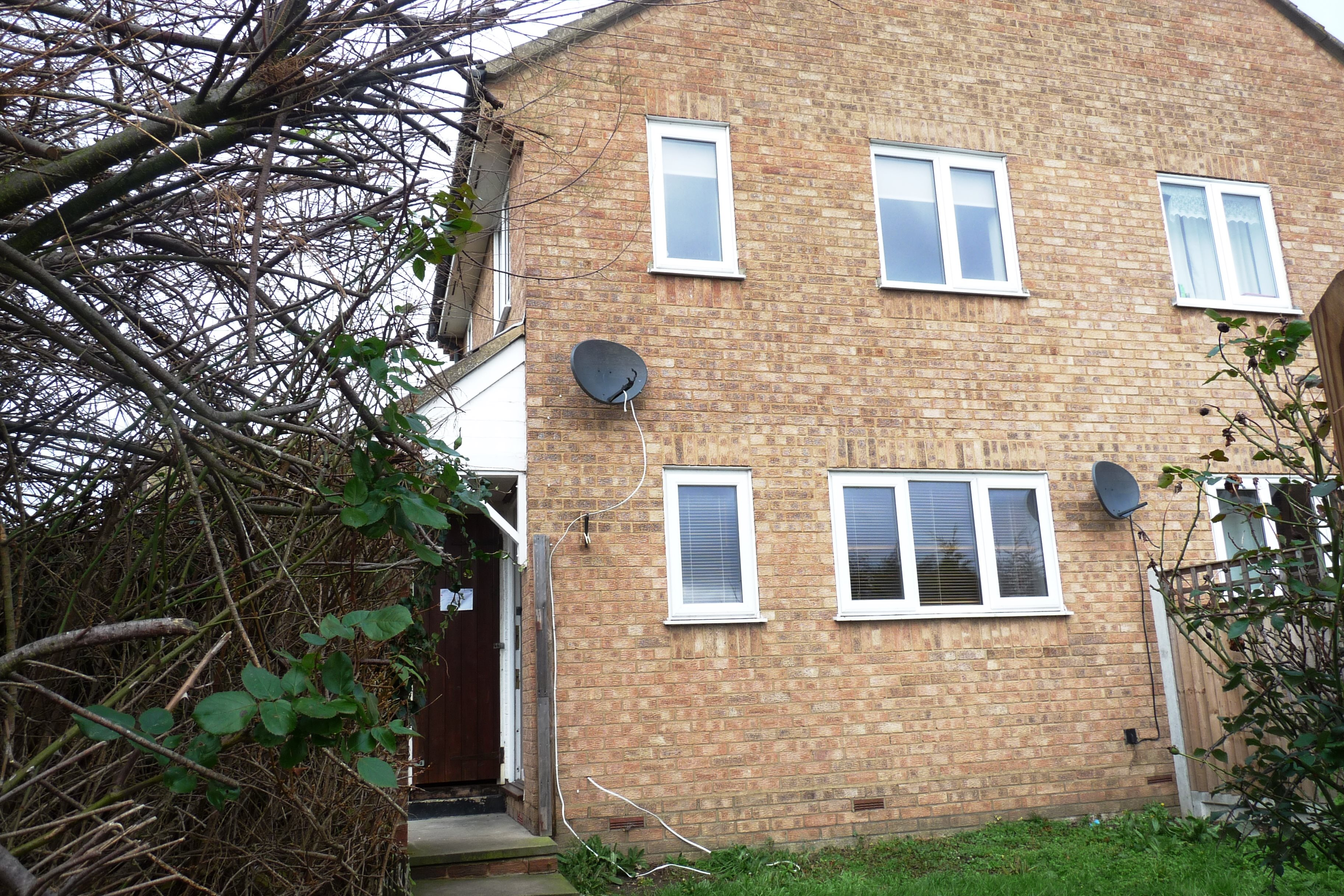 1 bed house to rent in Doeshill Drive, Wickford, SS12
