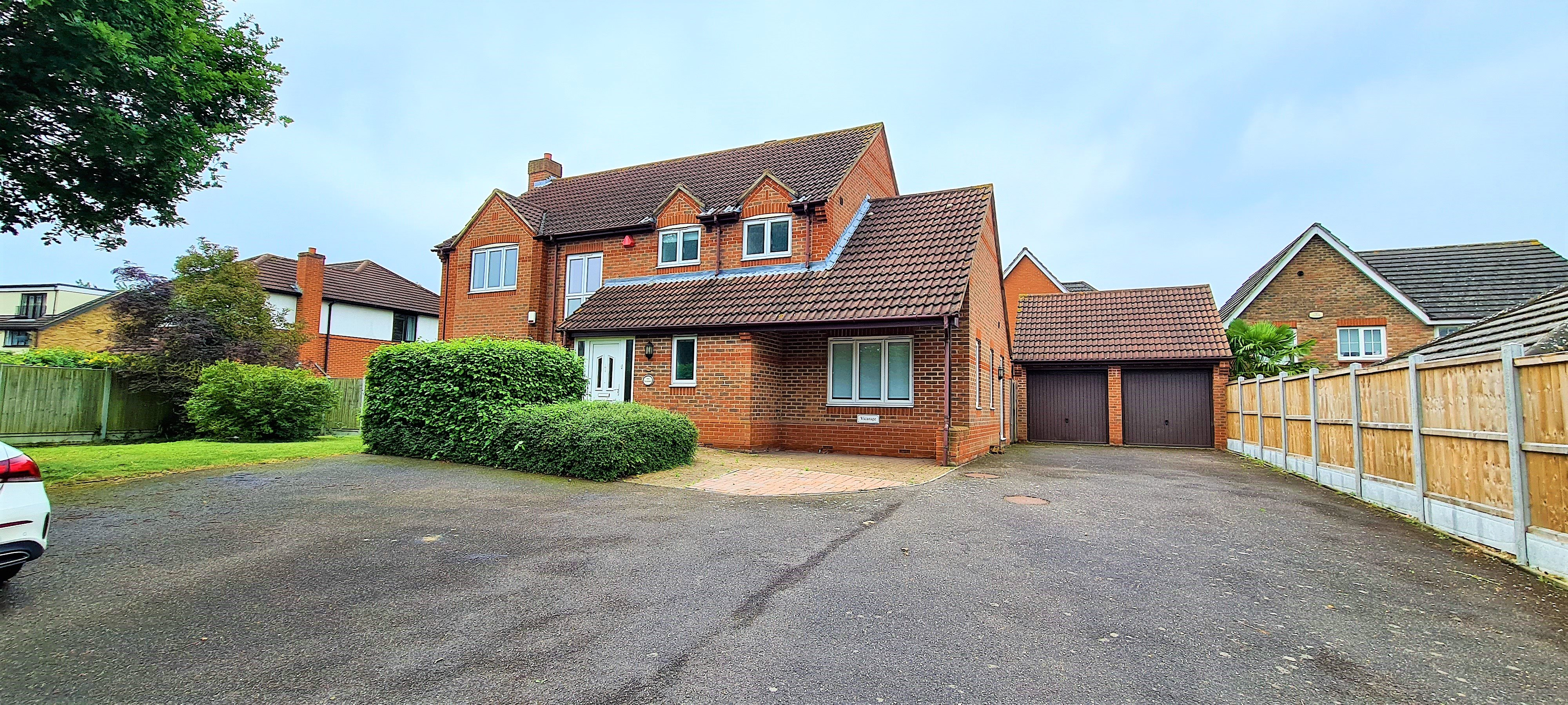 4 bed detached house to rent in Chafford Hundred, Grays - Property Image 1