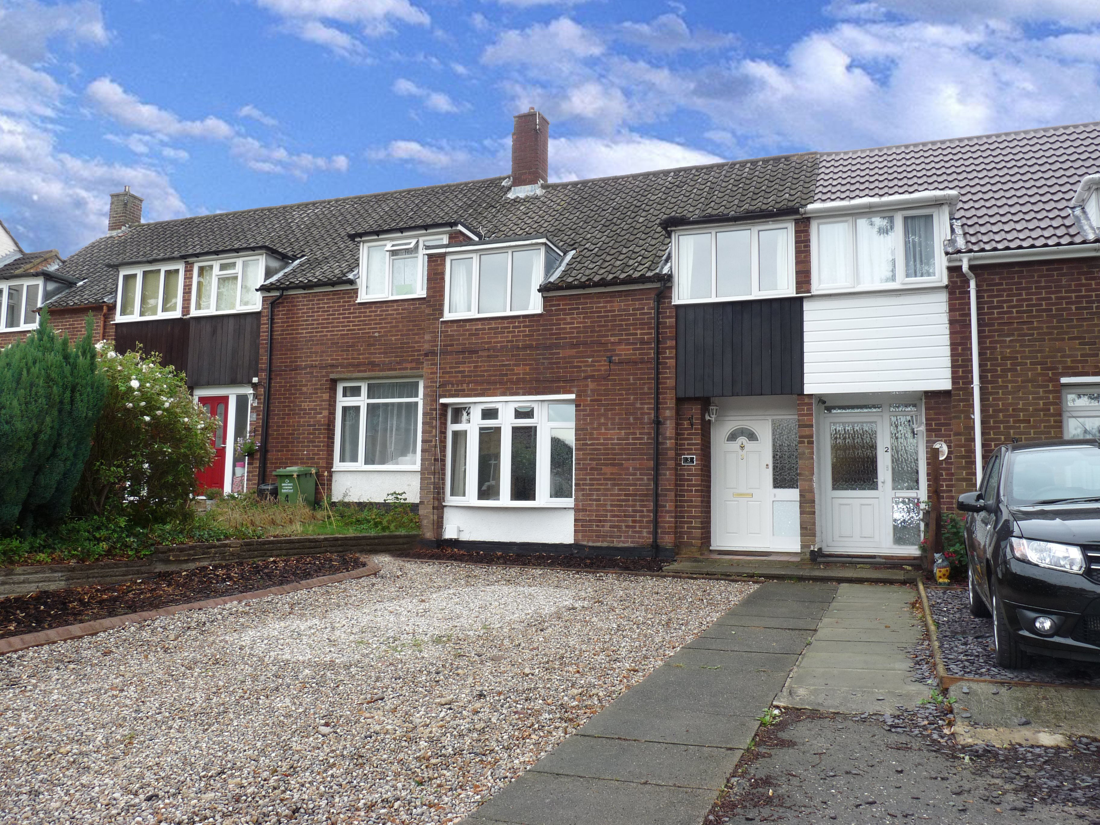 3 bed terraced house to rent in Outwood Common Road, Billericay  - Property Image 1