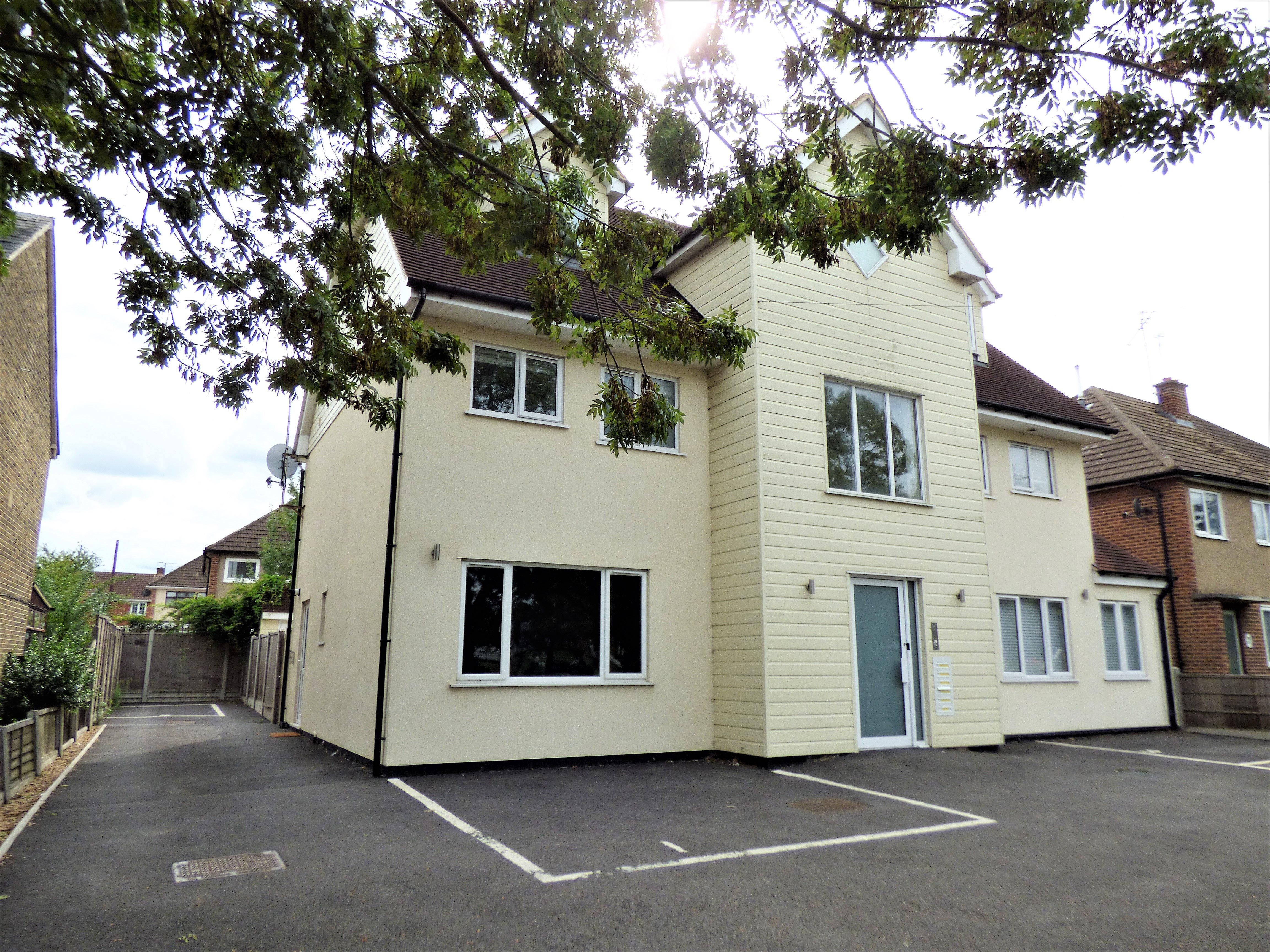1 bed flat to rent in Rayleigh Road, Hutton  - Property Image 1