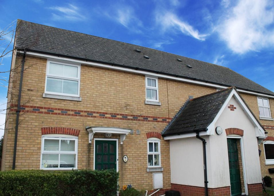1 bed flat for sale in Grant Close, Wickford, SS12