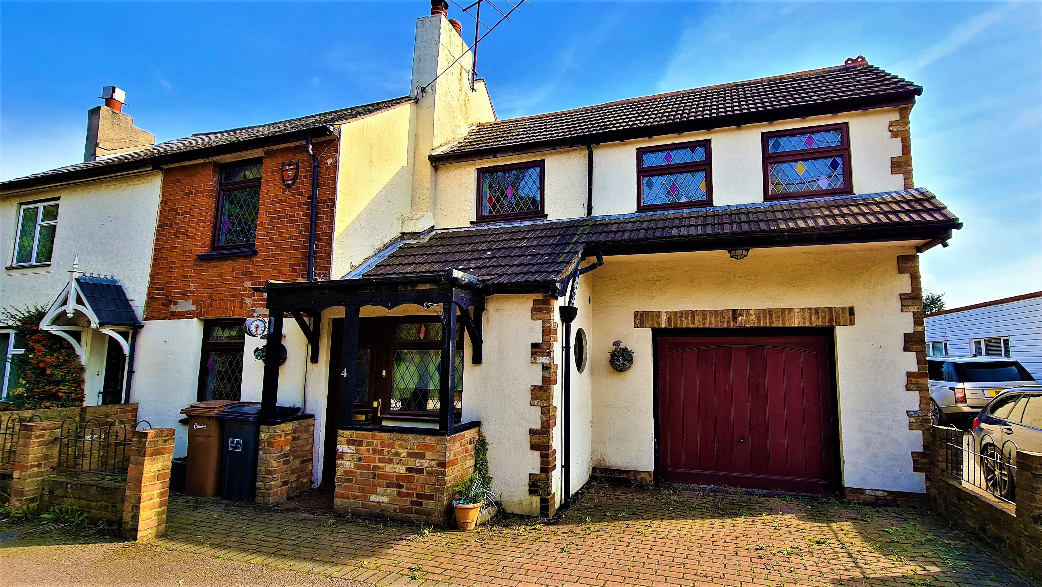 4 bed house for sale in Hawk Lane, Battlesbridge, SS11