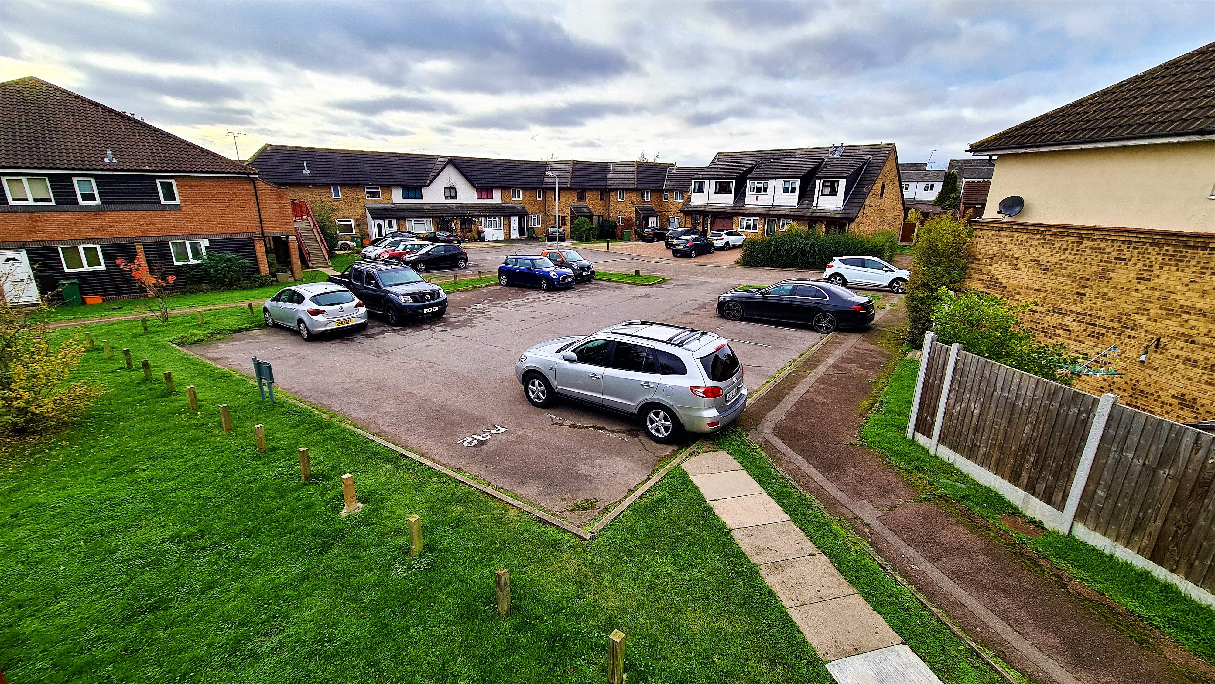 2 bed flat for sale in Orlando Drive, Basildon 12
