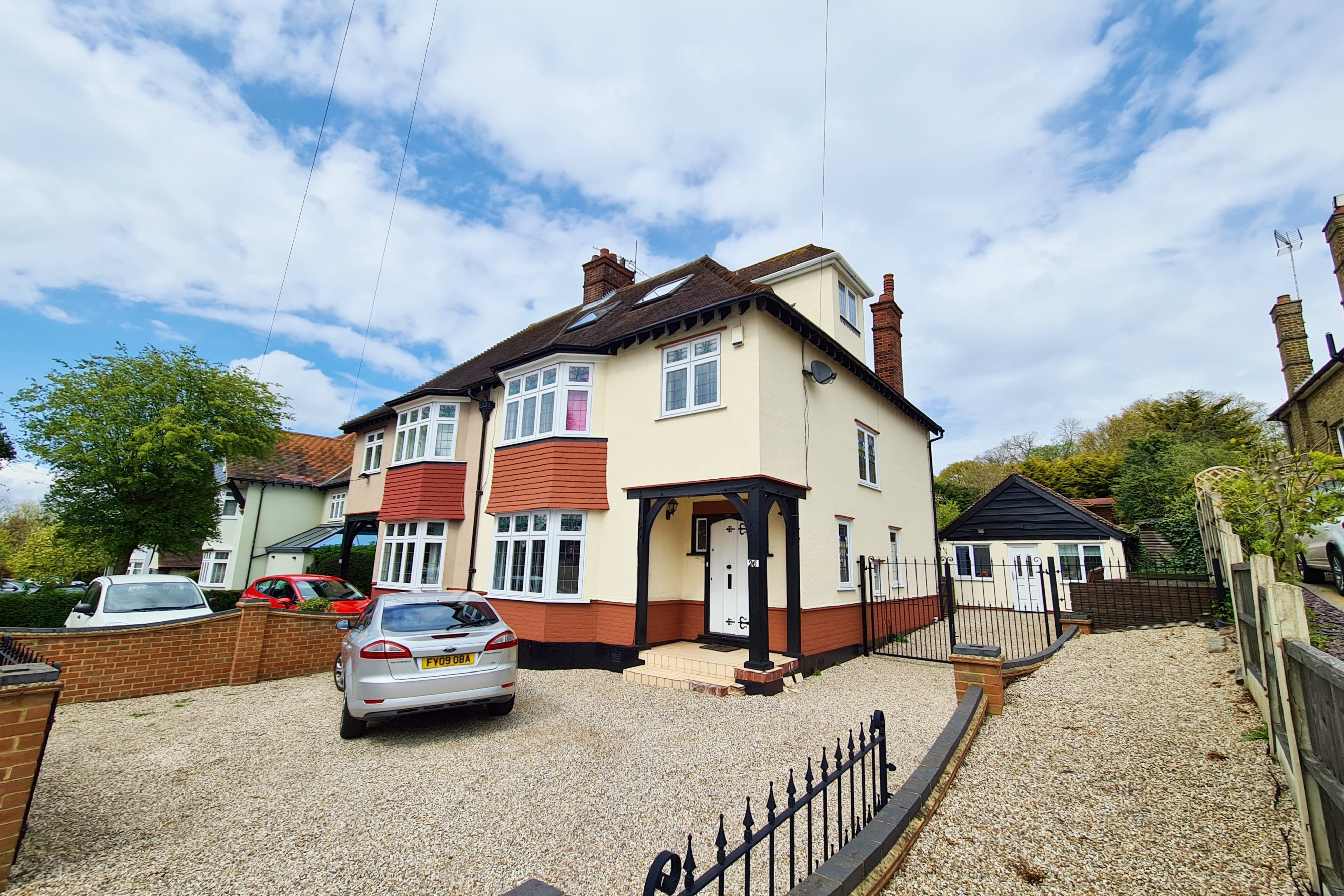 4 bed house for sale in Crown Hill, Rayleigh, SS6